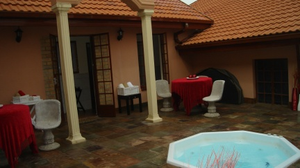The spa at Valley View Guest House